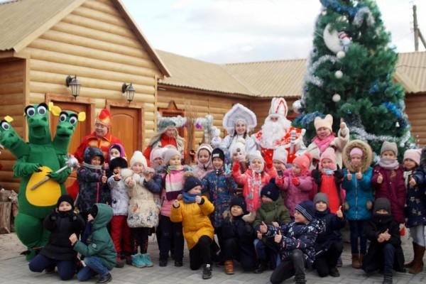 В МБУК «Евпраксия» подготовили для детей новогодний праздник