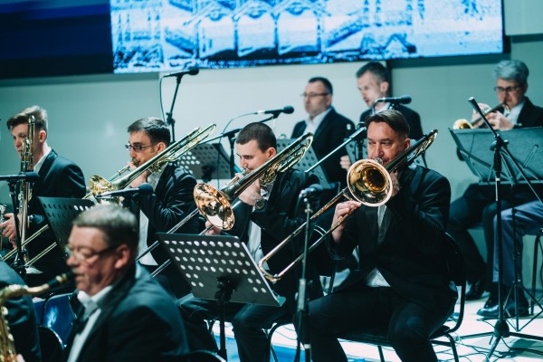 Астраханцам предлагают продлить новогоднее настроение с помощью джаза
