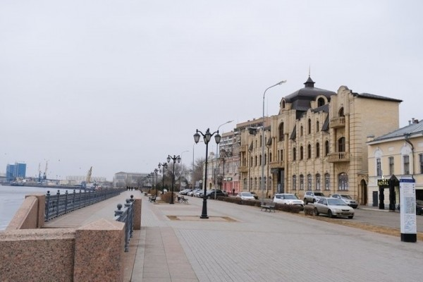 В Астрахани реконструируют улицу Максима Горького